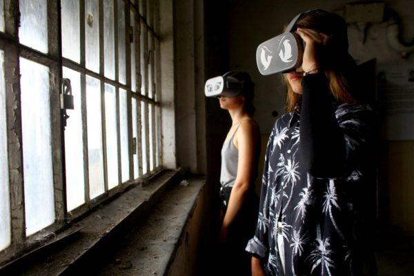 45.Lfš 2019 Uherské hradiště - Brave New VR Worlds: Nekonečná Samotka Virtualní realita ve věznici v Uherském Hradišti a prohlídka věznice
