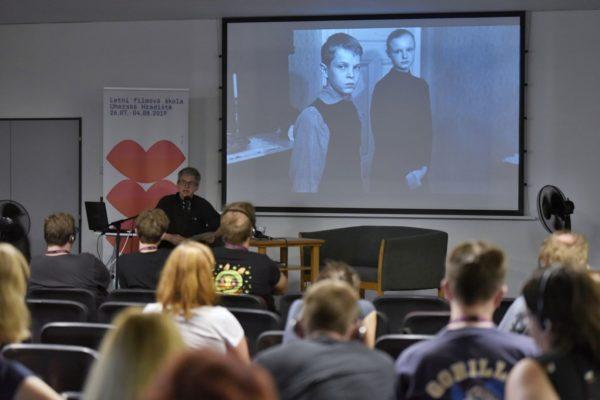 Martin Hrouzek Když se divák stává .. host Alfred Jokesch Klub kultury 2 Lecture